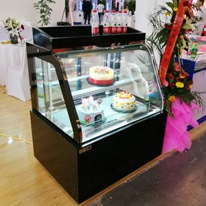弧面蛋糕柜